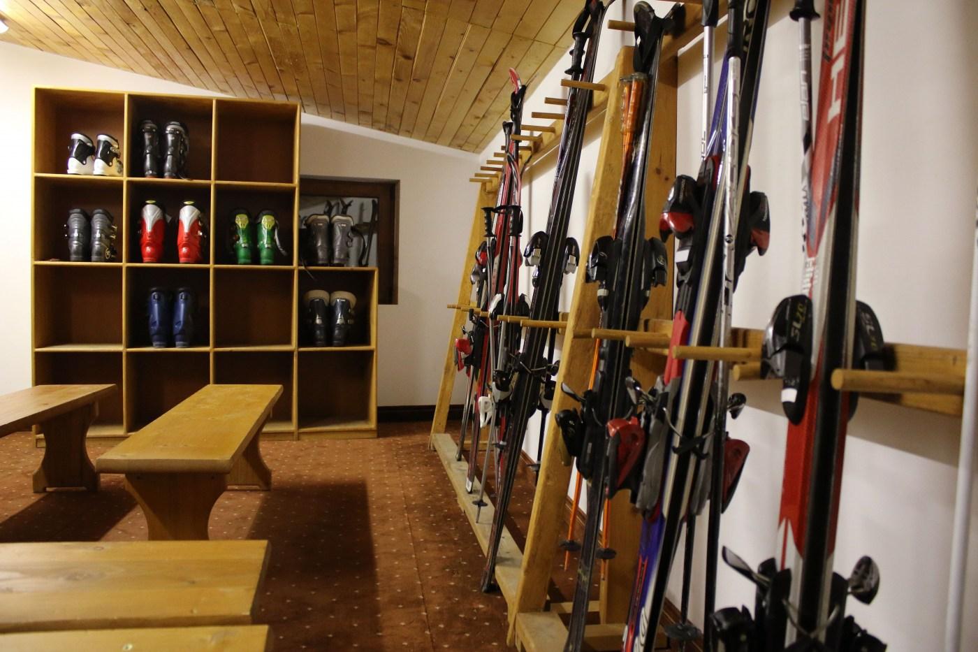 Ski rental and Ski Tuition